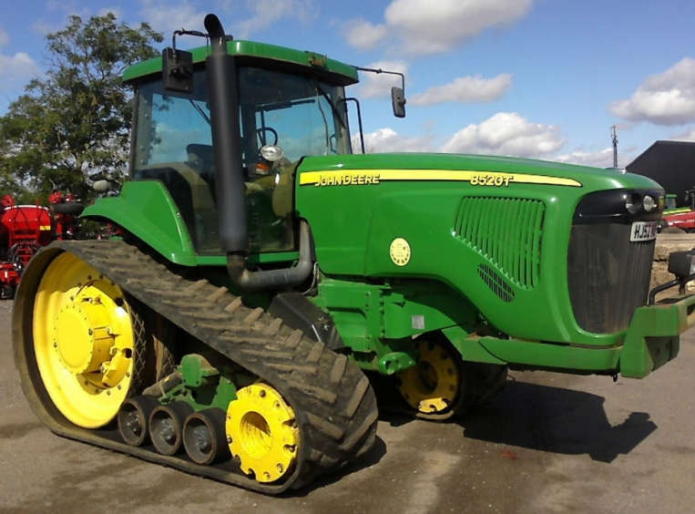 Finansowanie fabryczne dla fabryk ciągników rolniczych – co muszę wiedzieć?